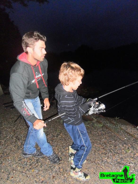 Eloan pêche de nuit carpe